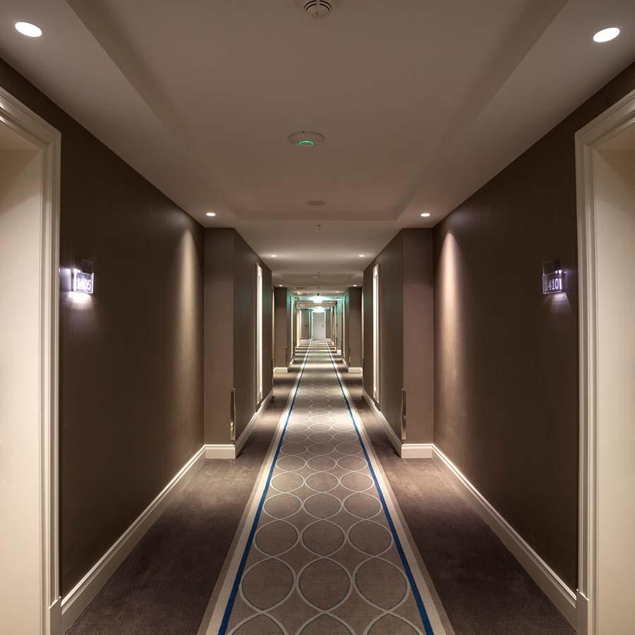 Zwiers & Zonen verzorgt projectstoffering voor hotels, restaurants en andere hospitality-bedrijven.